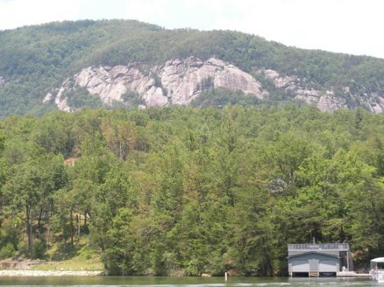 Lake Lure, NC: Rumbling Bald Mountain