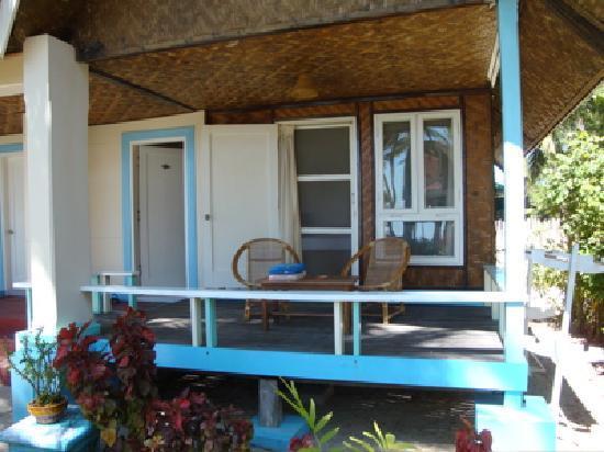 Silver Beach Hotel : Cottage deck