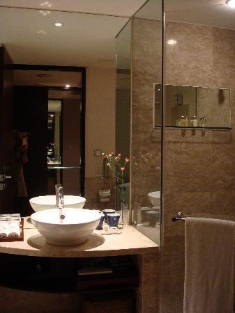 Les Suites Taipei Daan: Bathroom
