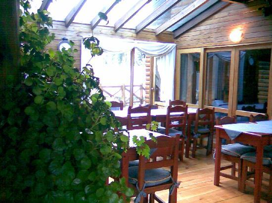 Hosteria Portal De Piedra: Parte del sector del desayunador1