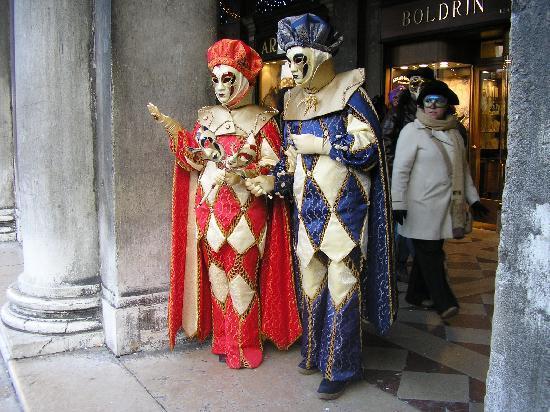 Alloggi Sardegna: Carnevale Bicolore 2010