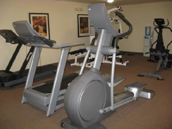 Staybridge Suites Middleton / Madison: 24/7 Fitness Center