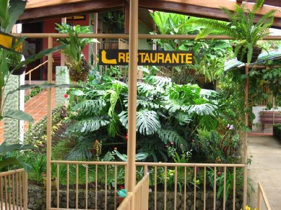 Hotel Tapanti: Tpanti Media Restaurant Entrance