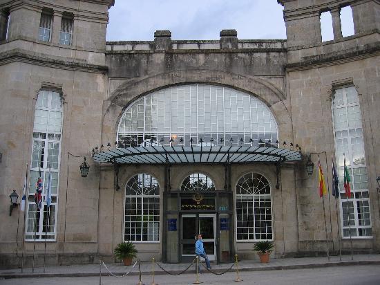 Balneario de Mondariz: entrada principal