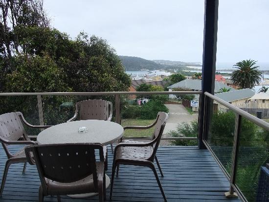 Whale Motor Inn: Balcony & view