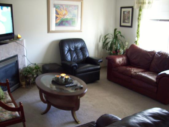 Marysville, WA: LIving Area