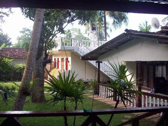 Sea Breeze Guest House: Resort/Garden