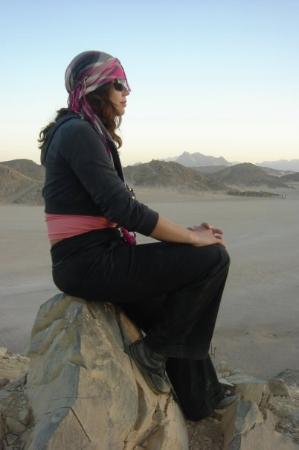 Eastern (Arabian) Desert : Contemplating sunset