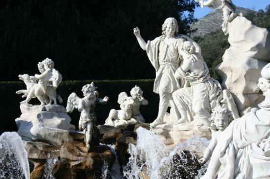 Caserta, Italy: Fontana di Venere e Adone