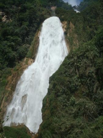 Tuxtla Gutierrez, Mexico: cascada velo de novia