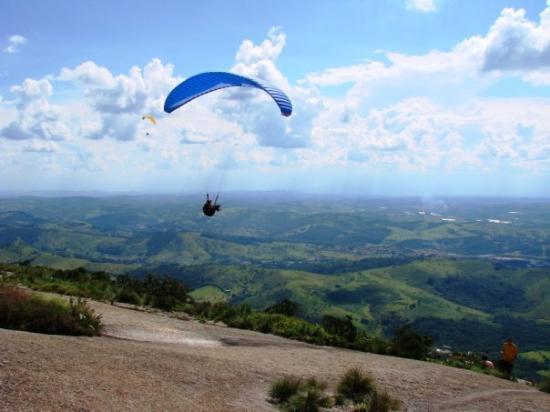 Atibaia, SP: FEV09 - Pedra