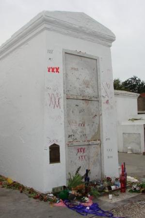 Marie Laveau Tomb #3 - Picture of St. Louis Cemetery No. 1 ...