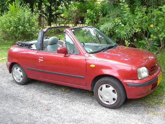 Titikaveka, Cook Islands: Our little cabriolet !!
