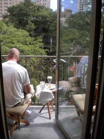 Mokara Hotel and Spa: Me enjoying my morning coffee on the balcony!