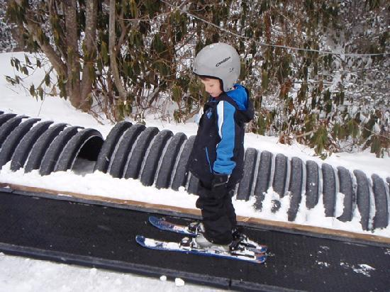 Sugar Mountain Resort: Kids at private ski lessons