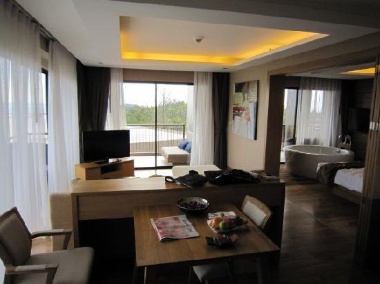 Novotel Phuket Kata Avista Resort and Spa: Kata Suite