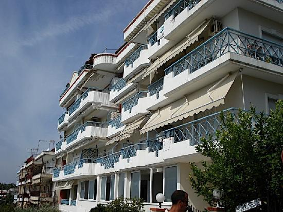 Nea Kallikratia, Greece: The building where the studios are located.