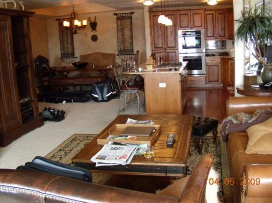 Highmark Steamboat Springs: Dining room, kitchen, and living room.