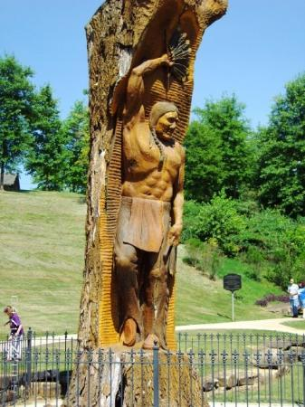 Florence, AL: Thought this was a cool carving out of an old tree trunk to commemorate the American Indian sett