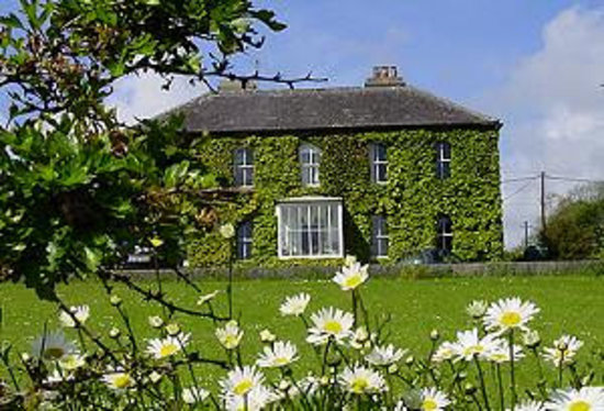 Schull, Ireland: Grove House