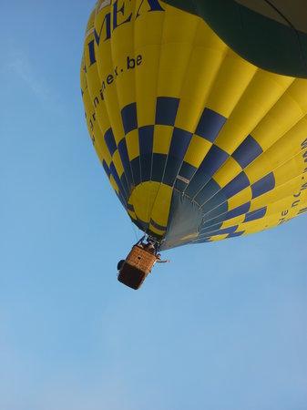 Utazás hőlégballonon