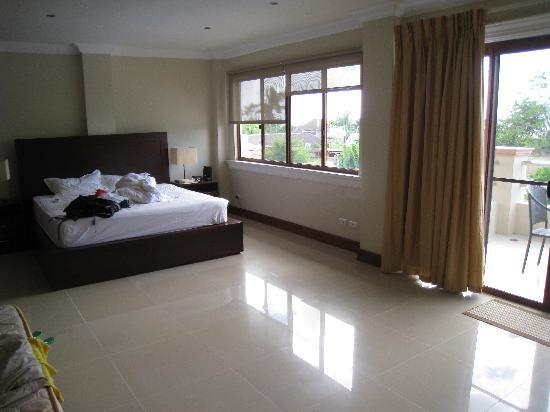 Alona Golden Palm Resort: presidential suite