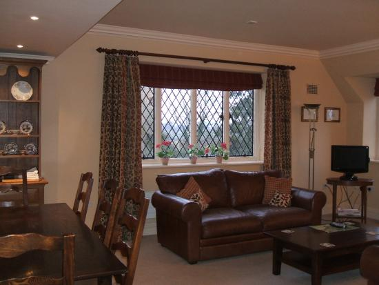 Ludlow castle prices lodge reviews england tripadvisor for Beautiful sitting rooms