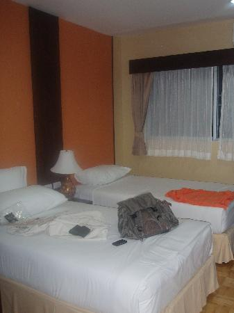 J-Town Serviced Apartments: bedroom 2