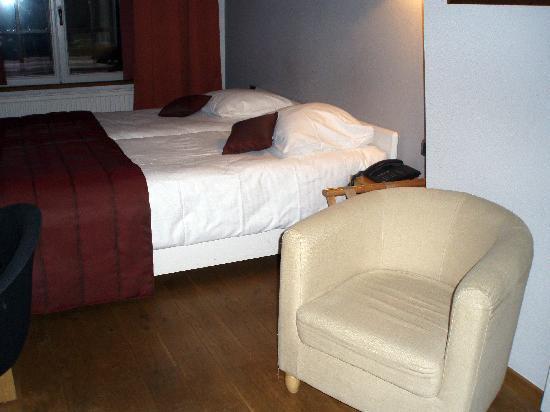 Hotel Erasmus: habitación