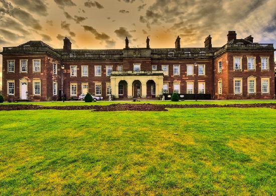 Holme Lacy, UK: Front of House