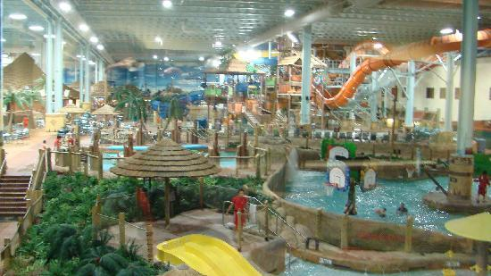 water resorts in ohio Maui sands resort & indoor waterpark maui sands resort & indoor waterpark is more than just another hotel it's a water wonderland your family will love splash.