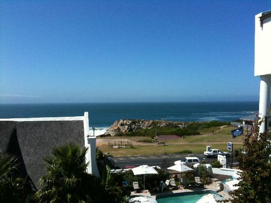 Misty Waves Boutique Hotel Hermanus: View from our room