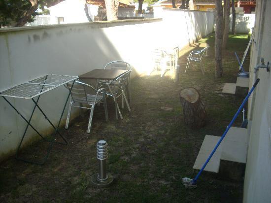 Aparthotel Novo Sancti Petri : Patio interior