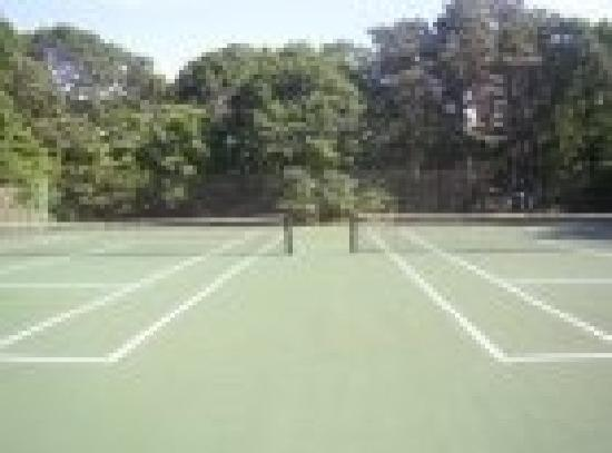 Wainscott Inn: Tennis Courts