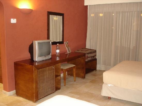 Hesperia Playa El Agua: Habitación Premium vista 2
