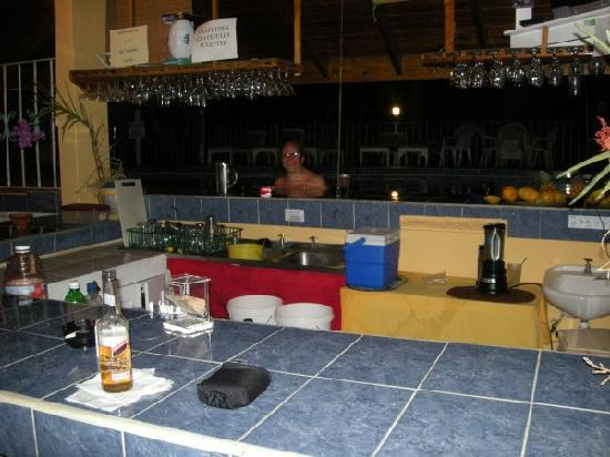 Seastar Inn: Seastar swimup bar