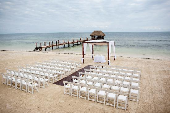 Azul Beach Resort Tui Sensatori Riviera Cancun Our 94 Person Wedding On The
