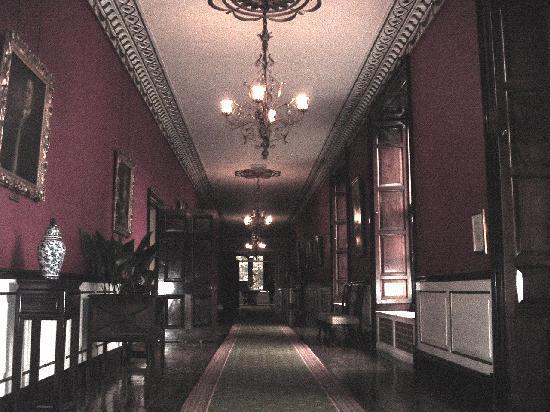 Swinton Park : The long hall.