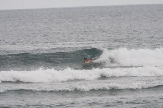 Νούσα Ντούα, Ινδονησία: YO Y MI BODYBOARD EN SERANGAN(BALI) TOMAAAAAAAAAAAA