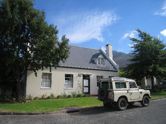 3 on Roux: Beautiful surroundings
