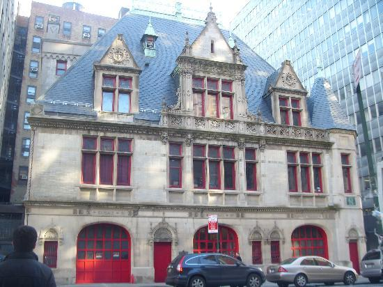 New York City, NY: ghostbuster's house