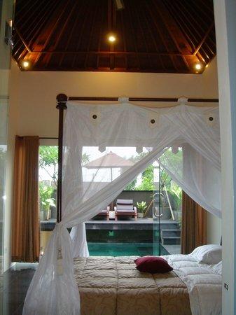 Do Not Stay Here Review Of Bali Elephants Villa Jimbaran