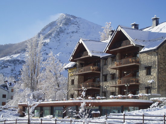 Photo of Aparthotel Sarrato Sallent de Gallego - Formigal