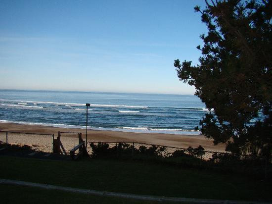 Ocean Terrace Condominium Suites: The view from our room!!