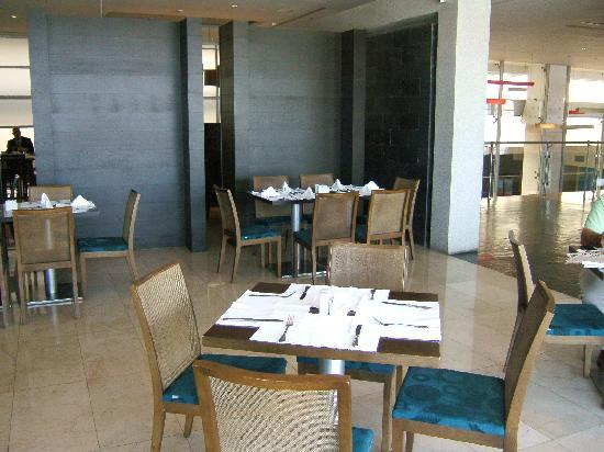 Trinitarias Suites: Restaurant at the hotel was beautiful and service was good. Eggs were missing for breakfast thou