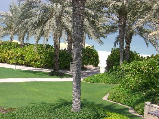 Residence & Spa at One&Only Royal Mirage Dubai : The  Beautiful Grounds
