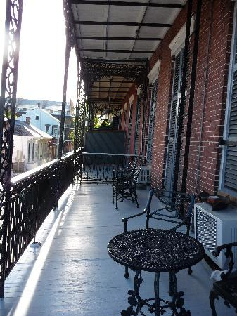 Biscuit Palace Guest House : balcony