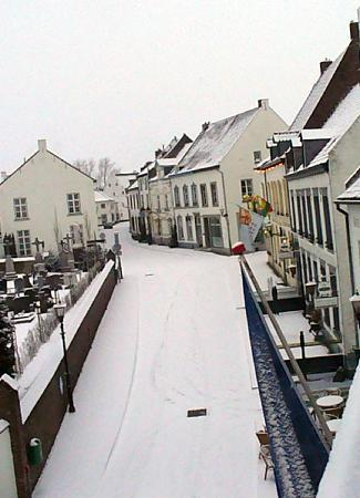 Thorn, The Netherlands: La Ville Blanche Room View Right
