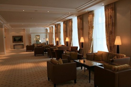 Grand Hotel Quellenhof & Spa Suites: hotel facility