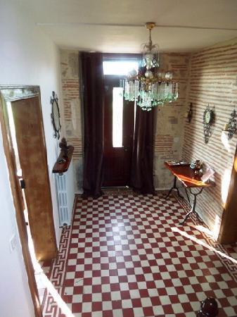 Charlan Bed & Breakfast: Entrance Hallway